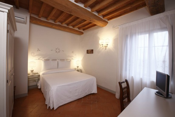 historical residence rooms camera azzurra Villa cambi