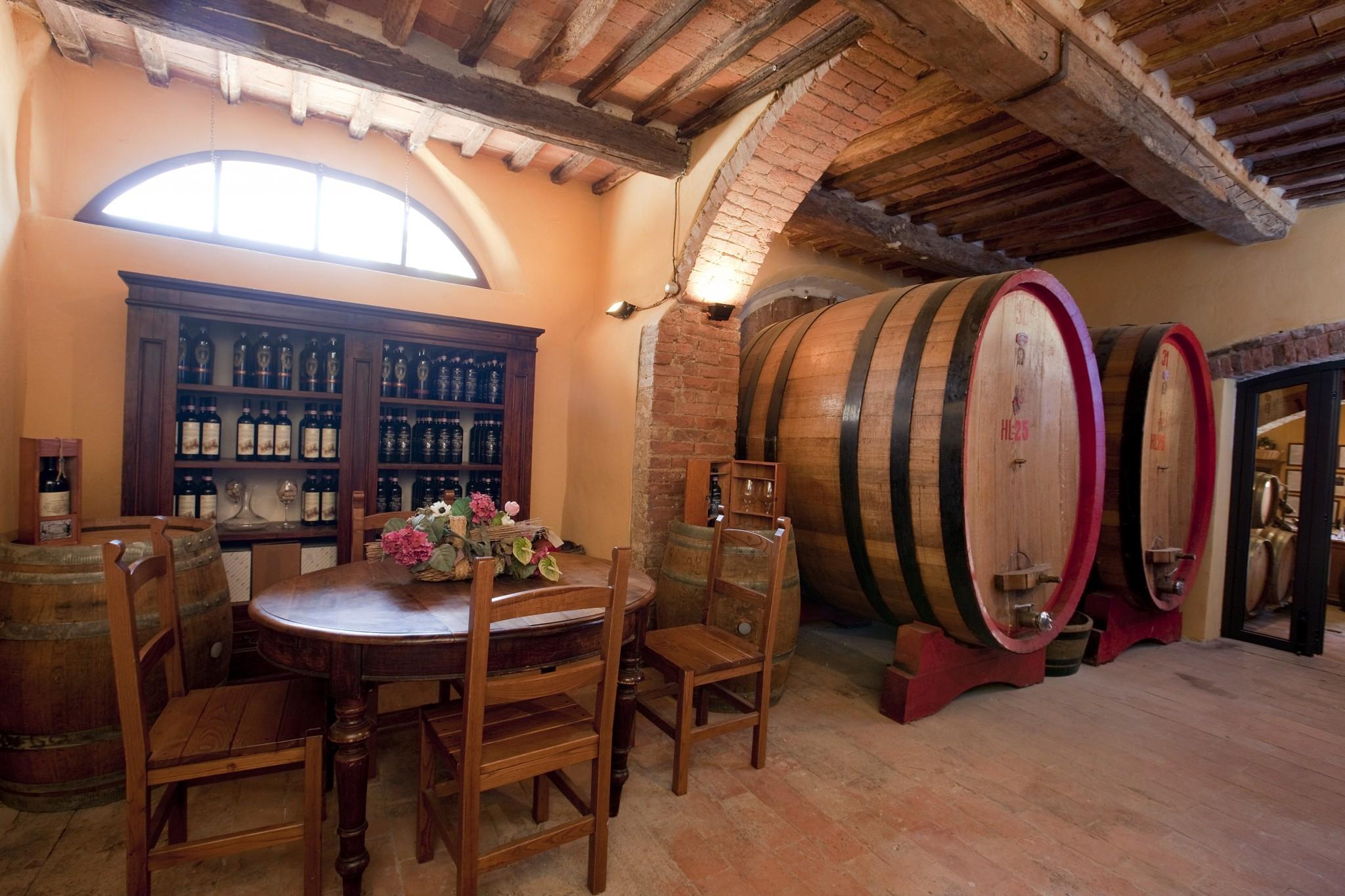 Matrimonio Vigneto Toscana : Degustazioni chianti toscana castel di pugna azienda